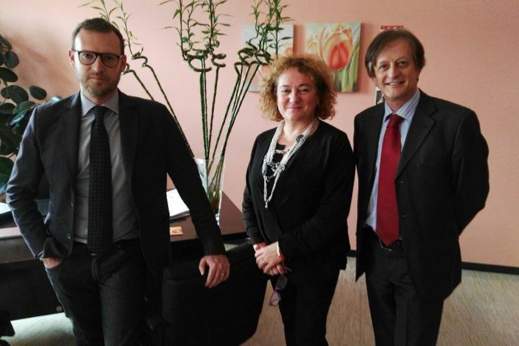 L'assessore Fulvia Zago con i rappresentanti di Poste Italiane