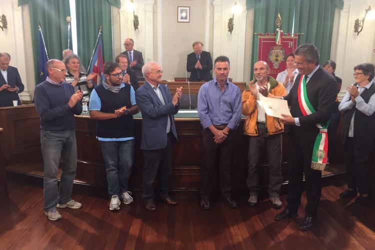 Gian Luca Cavalli riceve l'iscrizione all'albo d'onore della città