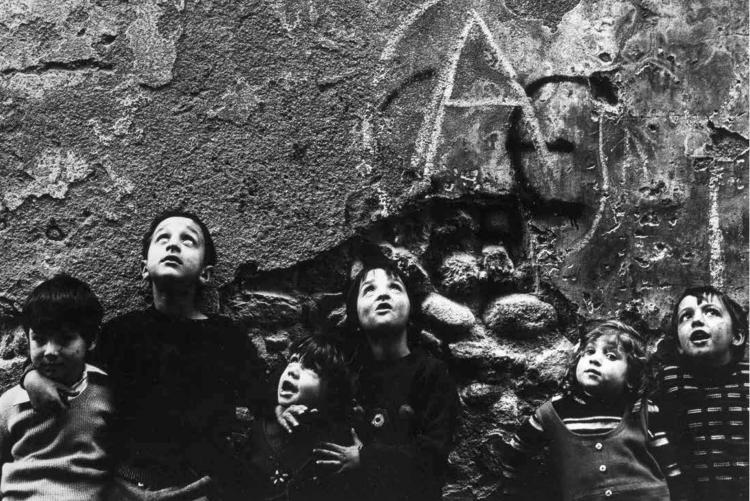 Franco Antonaci, Bambini di Riva, Biella 1976