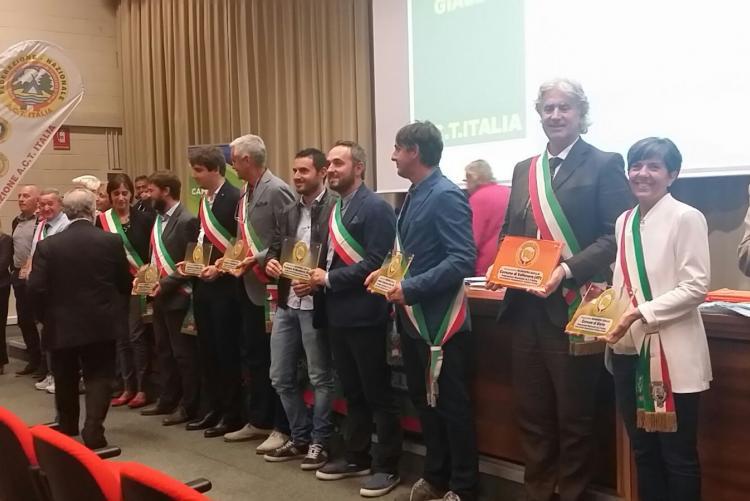 L'assessore al turismo Teresa Barresi a Parma alla consegna della bandiera gialla dell'Acti