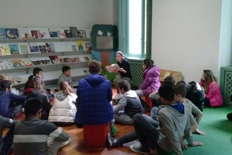 Un laboratorio alla biblioteca dei ragazzi