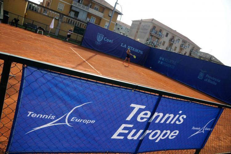 Uno dei campi da tennis di via Liguria