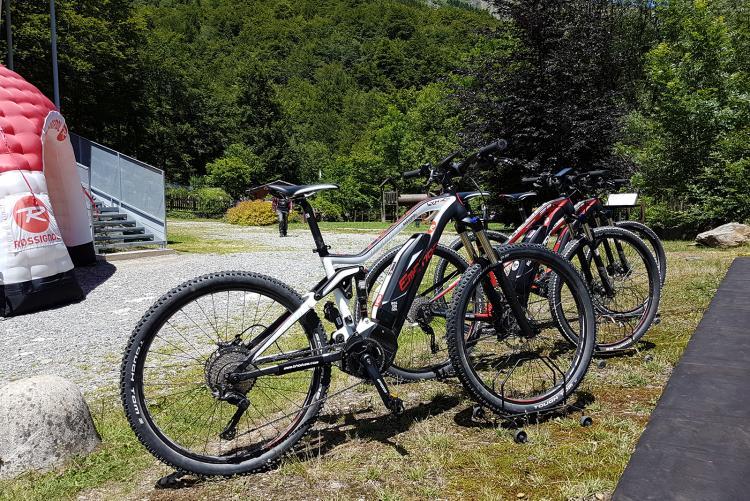 La postazione e-bike di quest'estate a Oropa