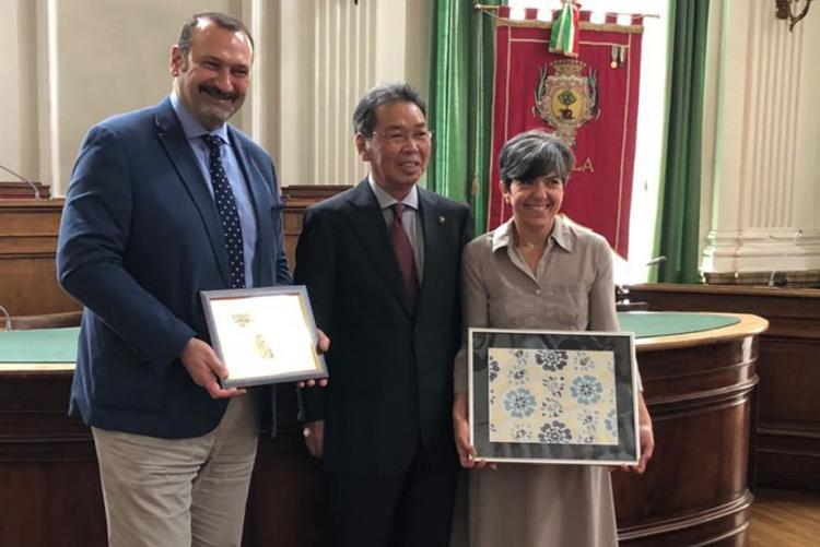 Il preside dell'Iis Quintino Sella Spagnolo, il sindaco di Kiryu Kameyama e l'assessore all'istruzione Barresi