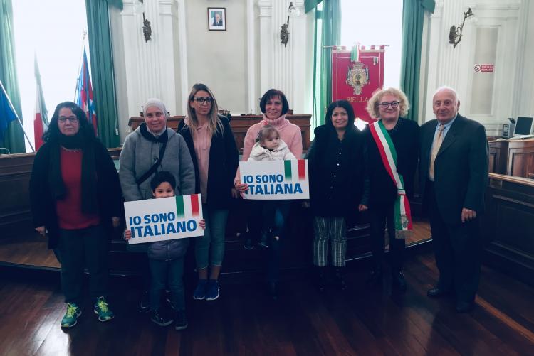 Il gruppo dei nuovi cittadini italiani di mercoledì 12 dicembre
