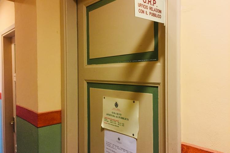 L'ingresso dell'Ufficio relazioni con il pubblico a palazzo Oropa