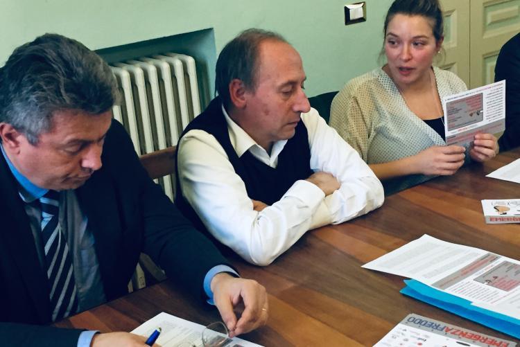 Il sindaco Marco Cavicchioli con il presidente Iris Paolo Gallana e l'assessore Francesca Salivotti alla presentazione di Emergenza Freddo