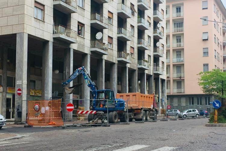 In via Pietro Micca il cantiere è già aperto