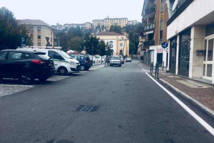 Il tratto di piazza Curiel interessato dai primi scavi