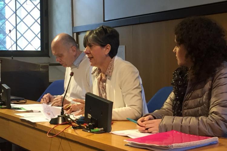 Gli assessori Leone e Barresi con Valeria Rosso dell'ufficio cultura alla presentazione di Estate nel cuore di Biella