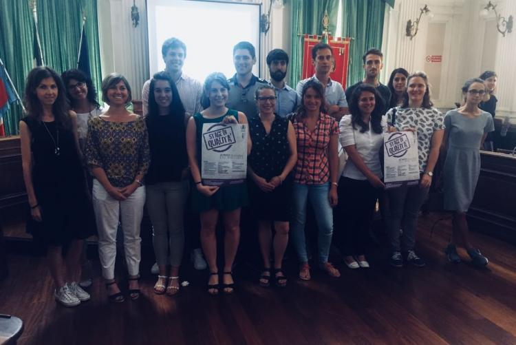 Il gruppo degli stagisti della passata edizione con l'assessore Francesca Salivotti