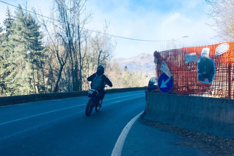 La strettoia di via Ogliaro