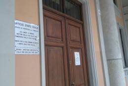 L'ingresso dell'ufficio di Stato Civile a palazzo Oropa