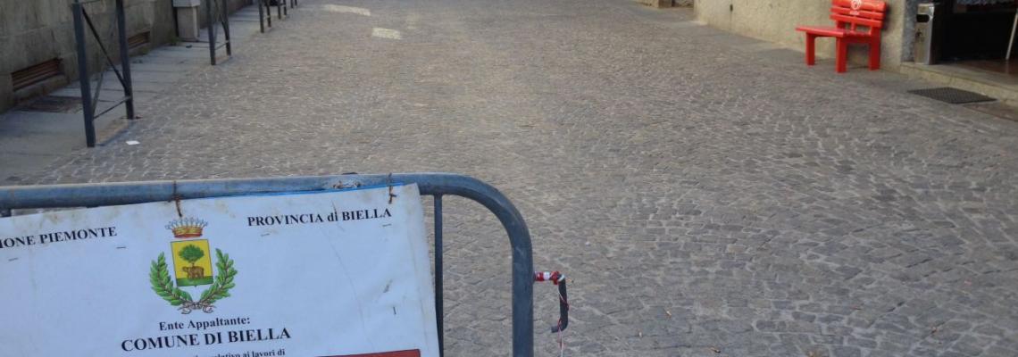 Via Rosazza a Chiavazza, uno dei cantieri dell'estate biellese