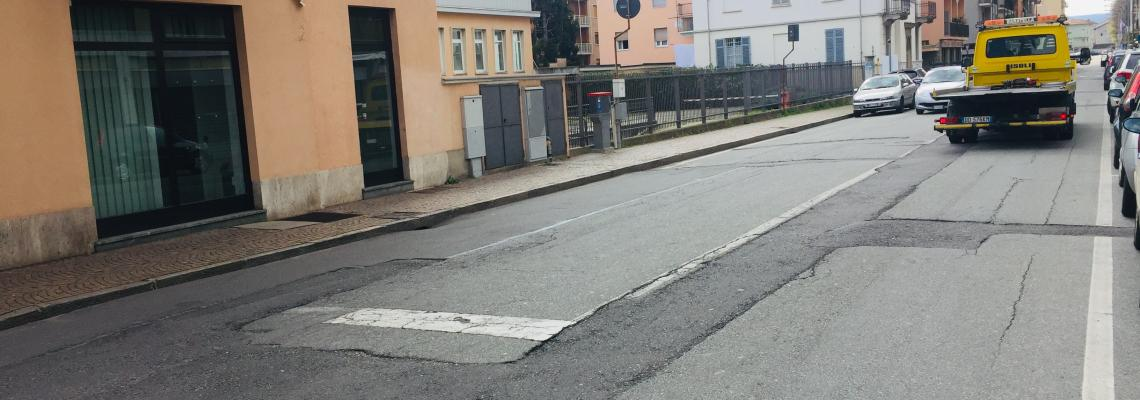 L'asfaltatura provvisoria in via Tripoli. Da lunedì 15 aprile si procede a quella definitiva