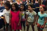 Alcune allieve della II A della scuola XXV Aprile di Chiavazza, prima classificata tra le elementari